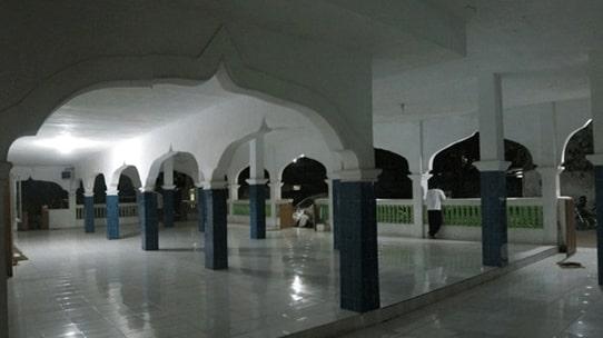 Arsitektur Masjid Jami Al Istiqomatul Munawwaroh