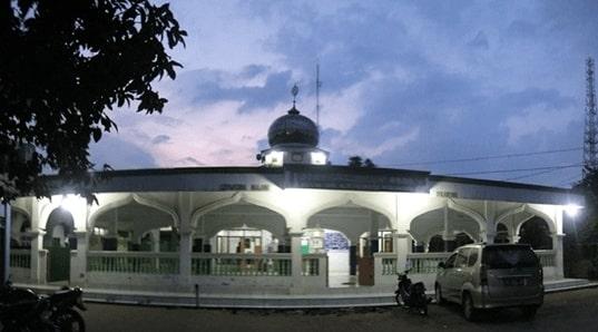 Masjid Jami Al-Istiqomatul Munawwaroh Cikarang Selatan