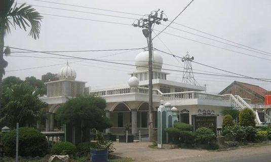 Masjid Jami Al Ulya Karawang